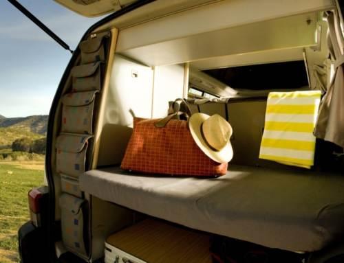 Cosas que no deberías olvidar en tu equipaje para un viaje en furgoneta Camper