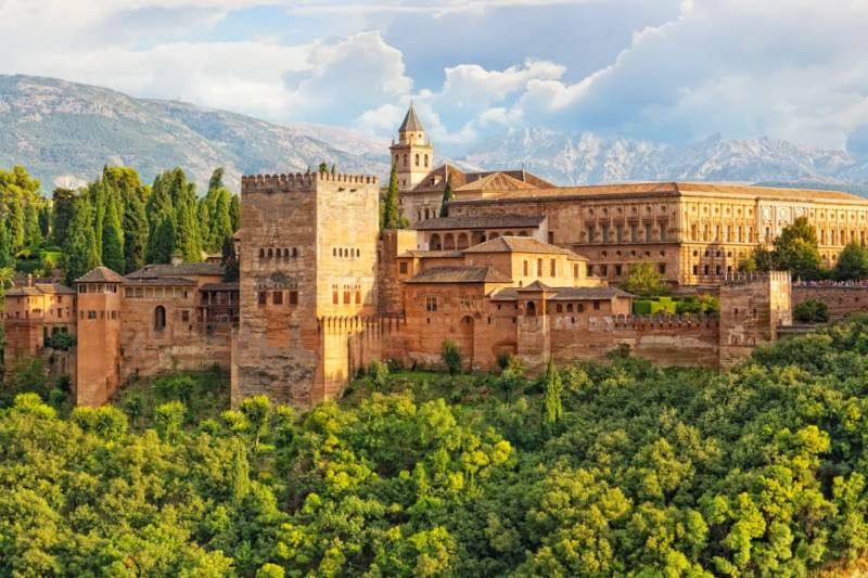 alhambra 800x533 - The 3 BEST Campervan Routes in Southern Spain